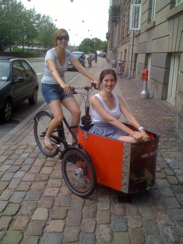 2010_07_17_leigh_vanessa_bike